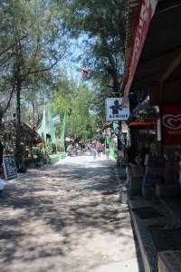 Rue principale de Trawangan