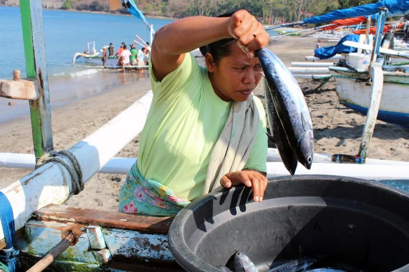 Lombok femme