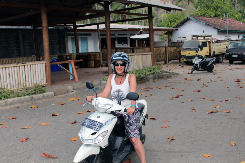 Lombok scooter