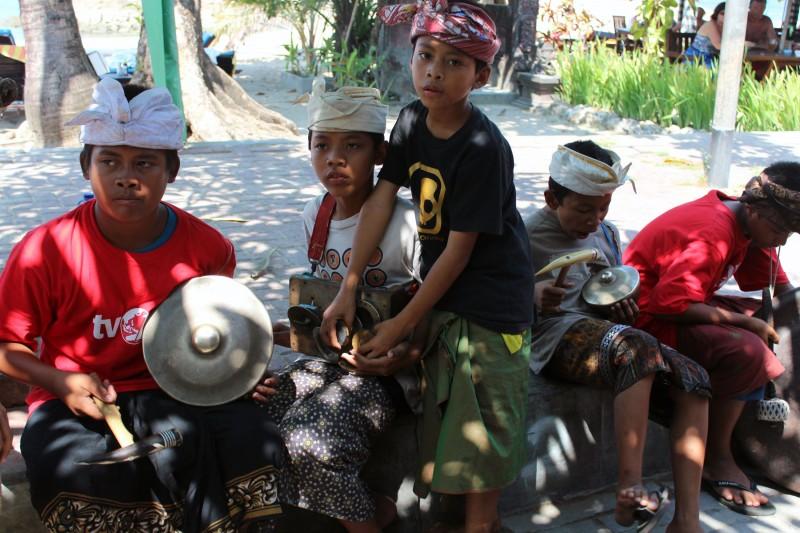 Récolte de fond par orphelins