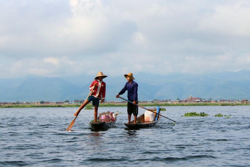 Pêcheurs sur le lac Inlé