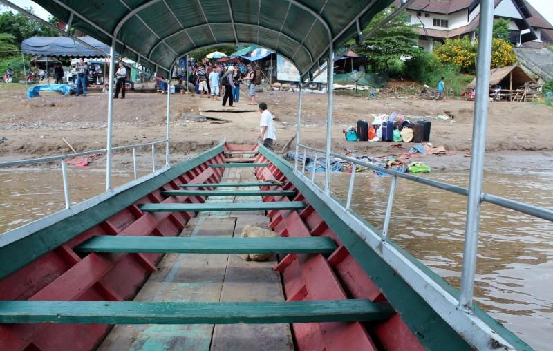 Passage frontière Laos