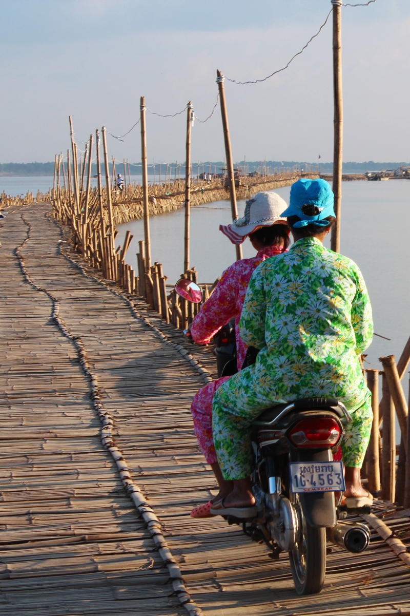 Kompong Cham pont bambou