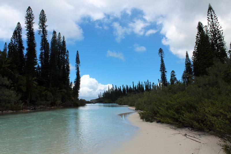 Ile des pins rivière de sable