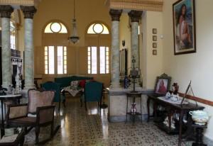 Salon casa Santa Clara