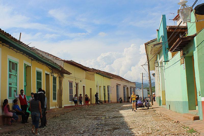 Maisons colorées du centre historique à Trinidad