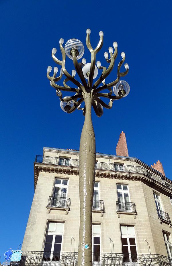 Lampadaire de la place Graslin