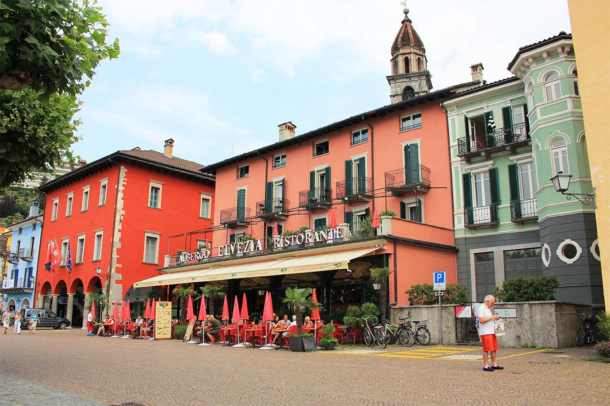 Façades colorées à Ascona