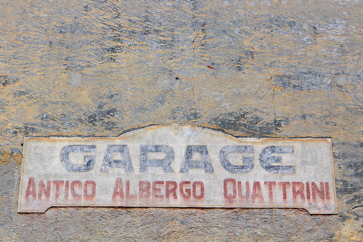Tessin acien garage