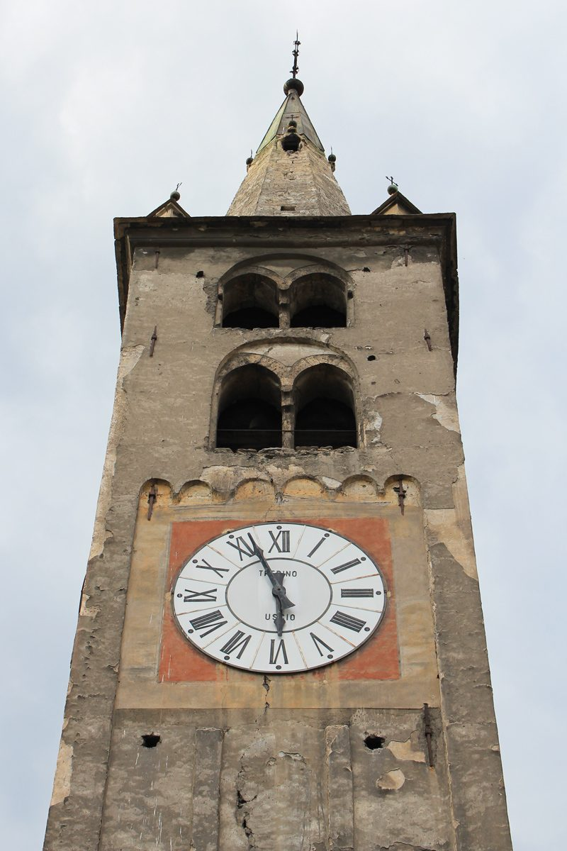 Aoste clocher église