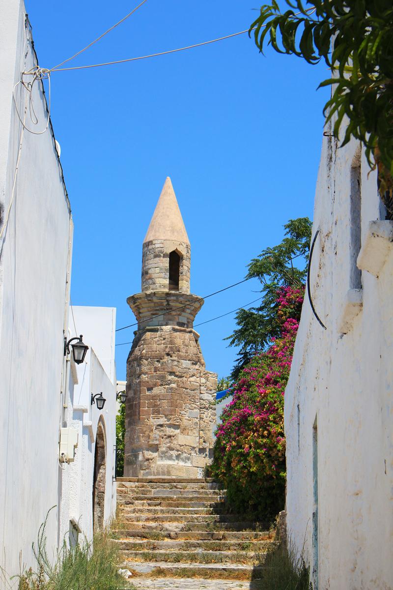 Cos ancien minaret