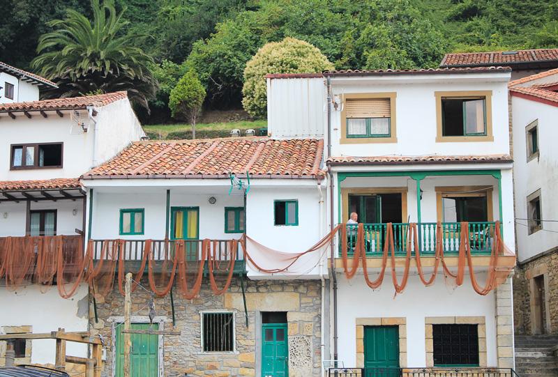 Tazones en Asturies au nord de l'Espagne